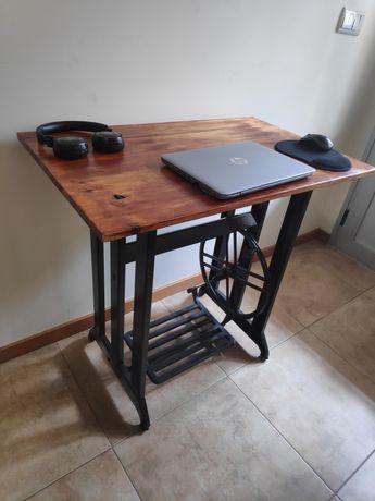 Mesa / aparador / secretária - pés máquina costura