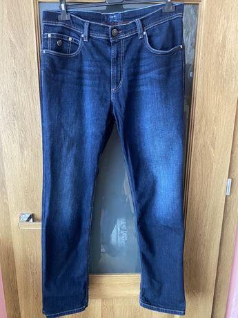 Spodnie jeansowe Bugatti 36x32 w super stanie.
