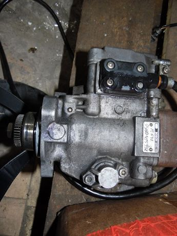 ТНВД Bosch R641 (0 460 415 992) для двигателя OM602 (2.9 TDI)