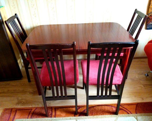 Drewniane 4 krzesła