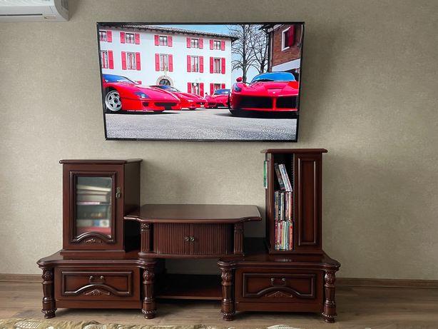 Продам Мебель (горку) под телевизор в гостинную. Стоимость 2500 грн