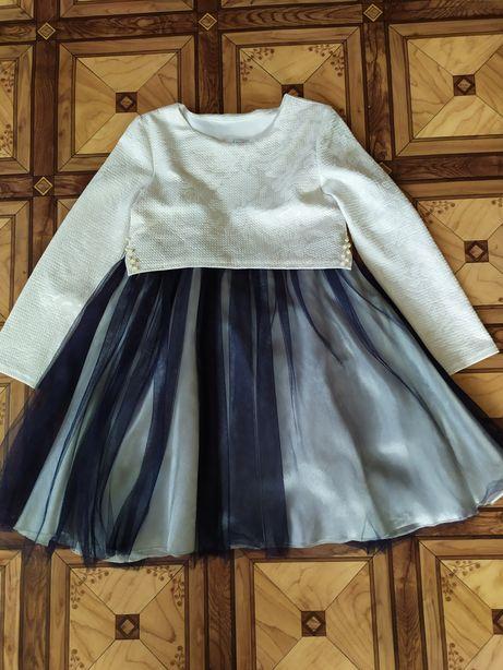 Платье нарядное весеннее 6-7
