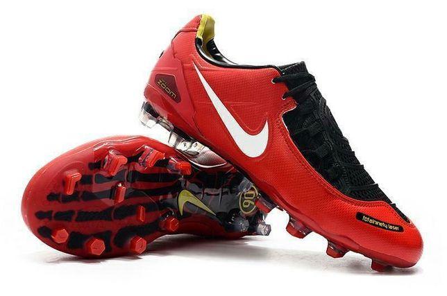 Продам футбольные бутсы Nike Zoom