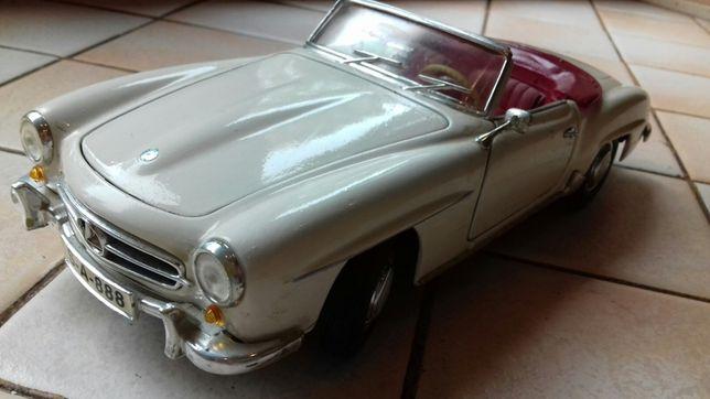 Modele 1/ 18 Mercedes