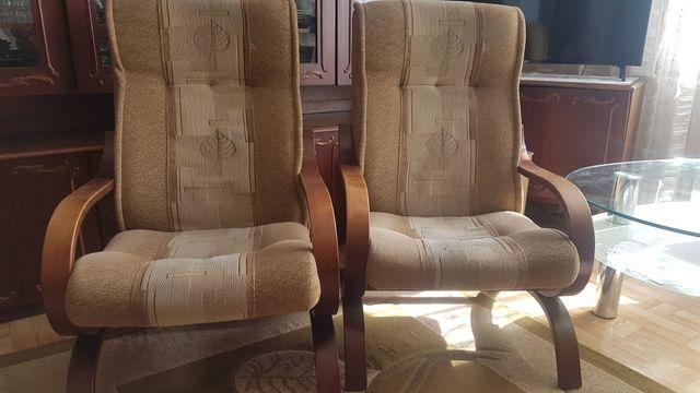 Sprzedam 2 fotele w bardzo dobrym stanie