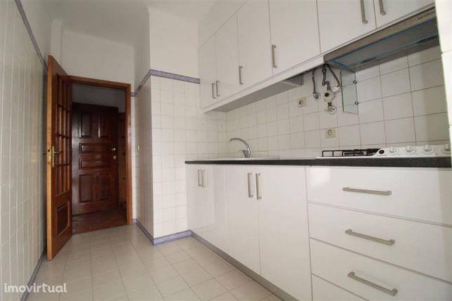 Apartamento, 2 quartos, Coimbra, Vale das Flores