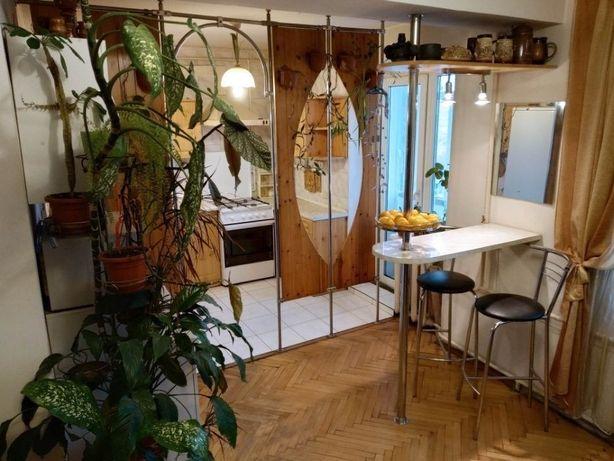 Продається простора 5кім квартира в чудовому районі по вул. Грабянки