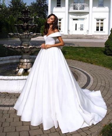 Продам новое шикарное свадебное платье и фату
