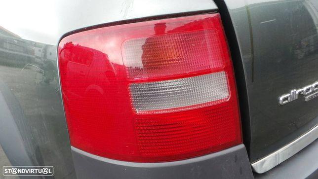 Farolim Esquerdo Audi Allroad (4Bh, C5)
