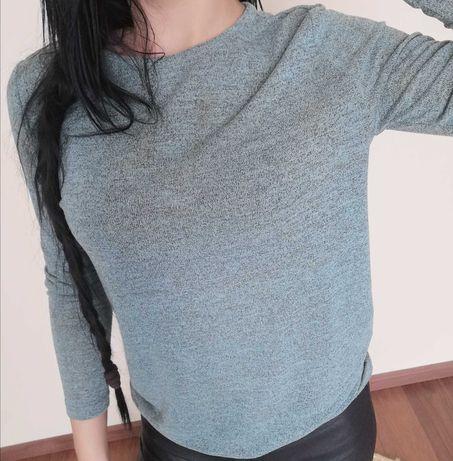 Miętowa bluzka damska