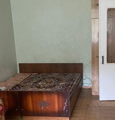 Двухкомнатная квартира 2/5 площадь 42 кв.м.