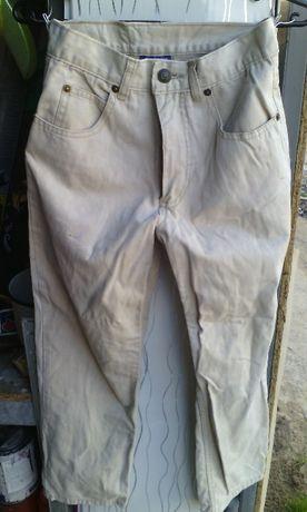 Джинсы,брюки,штаны 10-12 лет
