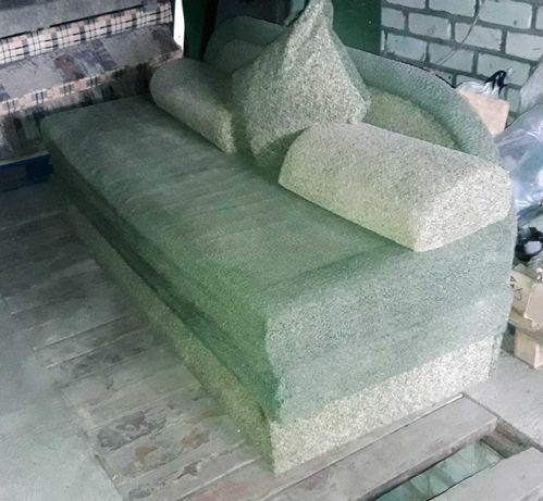 Продам диван раскладной зеленый