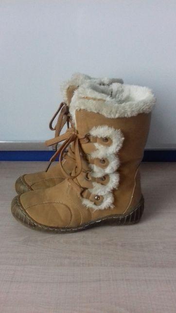 Kozaki, buty zimowe dla dziewczynki rozm. 34