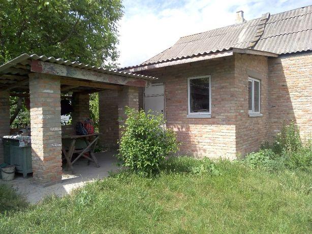 Продається будинок в селі Богданівка Яготинського р-ну.