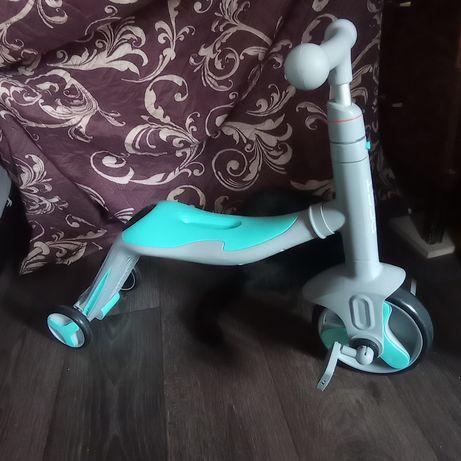 Продам велобег Беговел , самокат, велосипед 3х колёсный