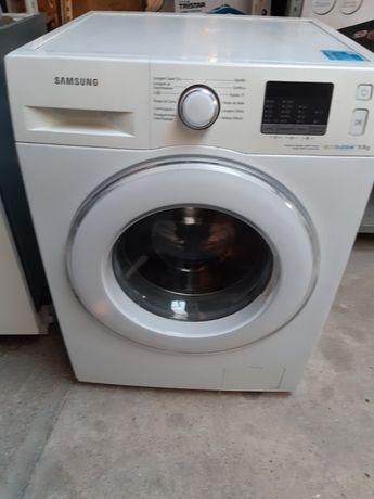 Vendo máquina de lavar roupa 9kg