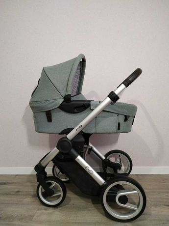 Mutsy классическая коляска EVO2 Farmer (шасси, люлька,дождевик)