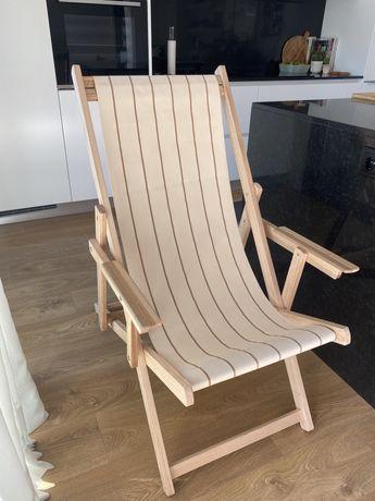Cadeiras de madeira exterior