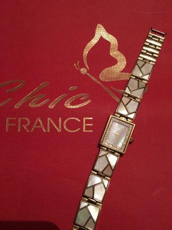 Часы наручные Le Chic