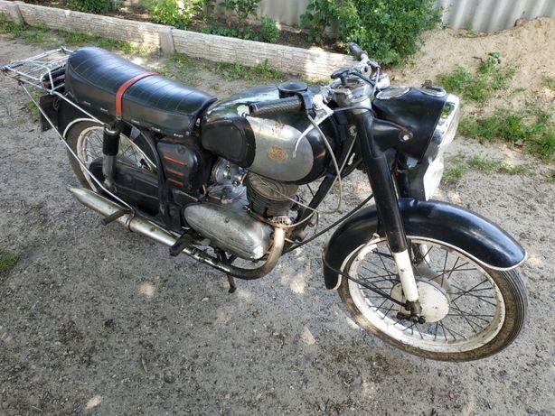 Мотоцикл Панония 250