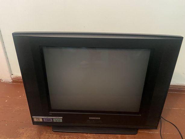 Oddam sprawny telewizor samsung