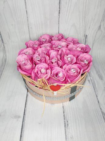 Flower Box Różowe Róże Prezent Dzień Kobiet