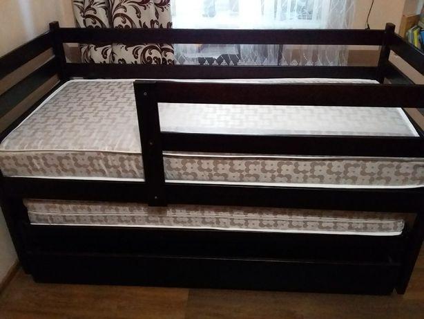 Двоярусне висувне ліжкко з матрасами для дітей дерево Двохярусне