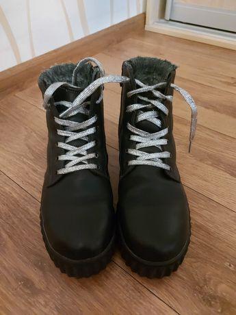 Ботинки зимние размер 36