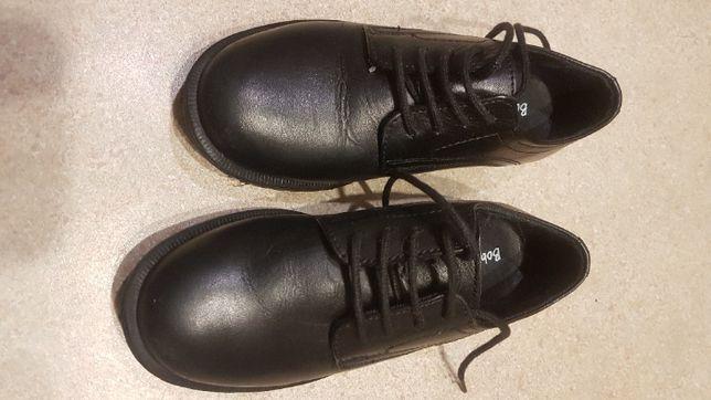 Buty eleganckie Bobby Shoes rozmiar 29 - raz na nogach