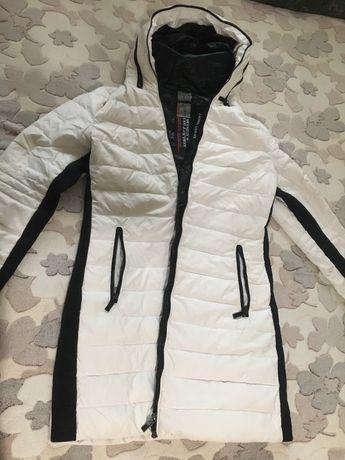 Куртка 200грн