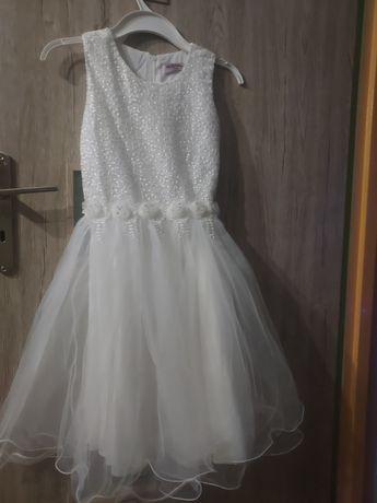 Sukienka biała rozmiar 134