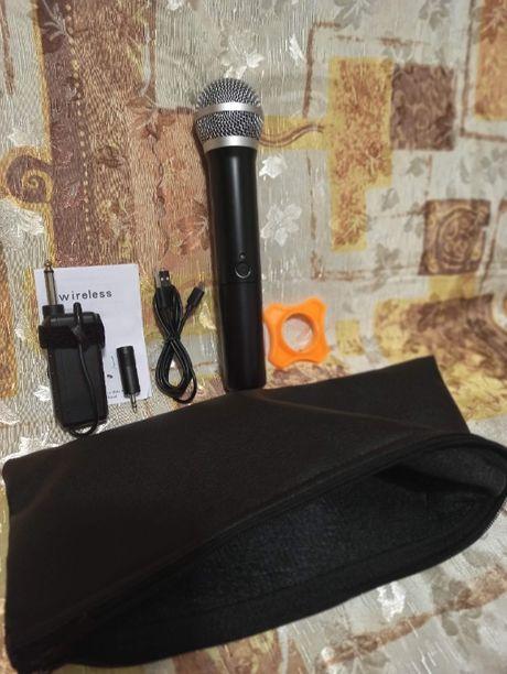 UHF ручной радиомикрофон с мини-приемником