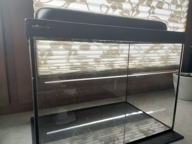 Akwarium 30L z akcesoriami