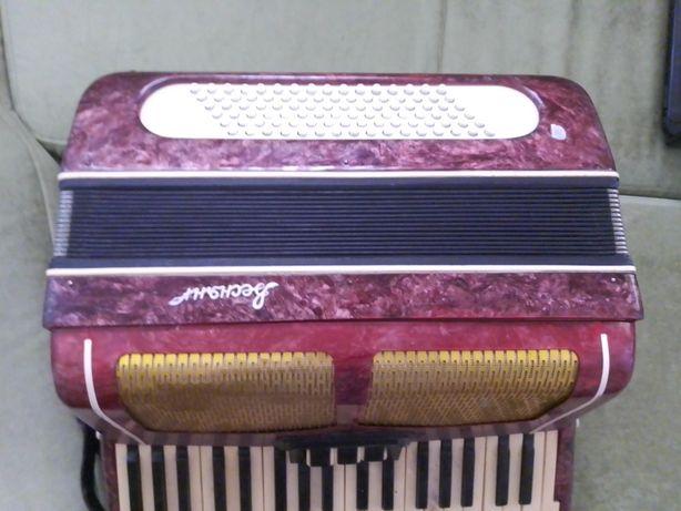 Аккордеон музыкальный инструмент
