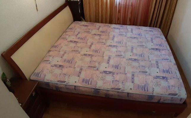 Итальянская двуспальная кровать