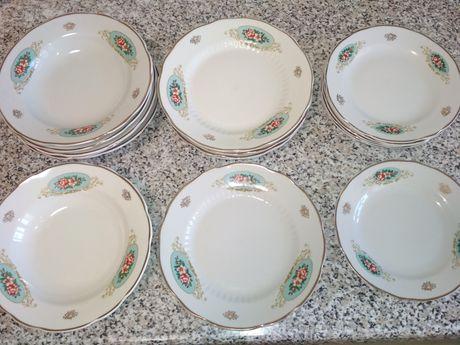 Набор тарелок на 6 персон
