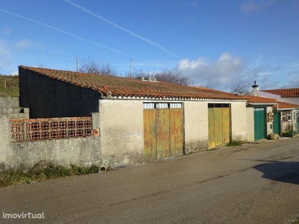 Garagem Dupla com Quintal - Cepos (Arganil)
