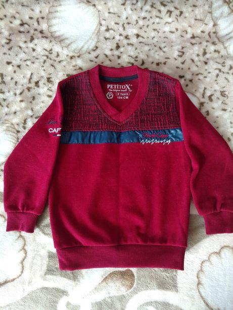 Теплый свитерок 104р