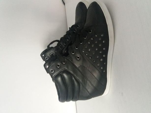 Sneakersy Czarne Koturny Ćwieki rozm.39 FIORE