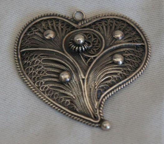 Coração em Prata Marcada Filigrana