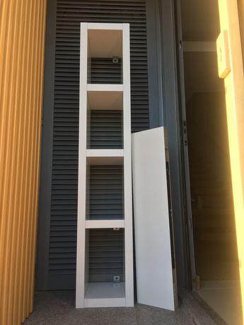 Estante e prateleira branca IKEA