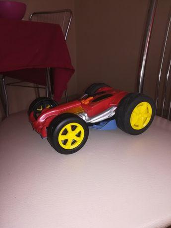 Fajna zabawka samochód dwu strony