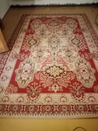 Sprzedam dwa dywany