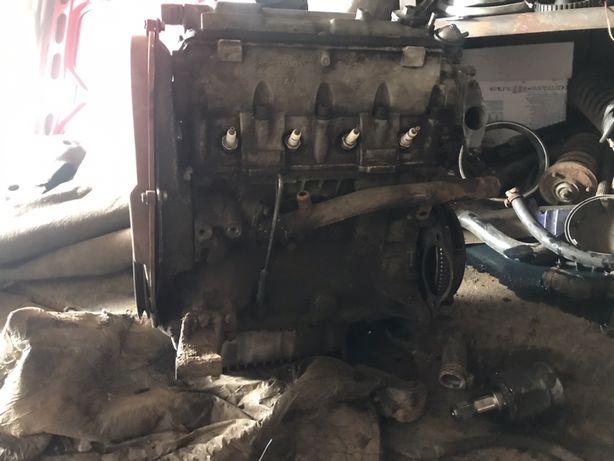 Двигатель Таврия