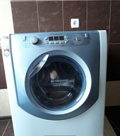 Продам стиральную машину Hotpoint aqualtis