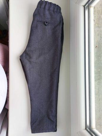 Spodnie Zara szare siwe jodłka 92