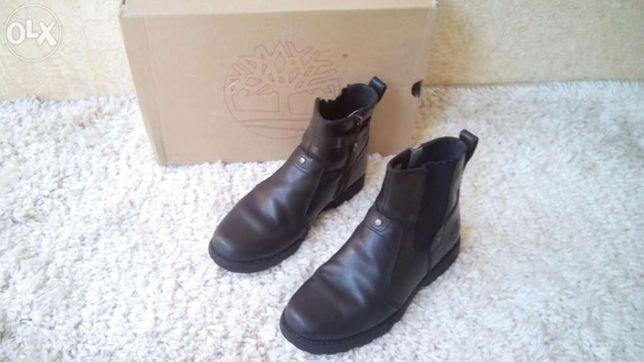 Продам срочно зимние ботинки кожаные!Timberland!