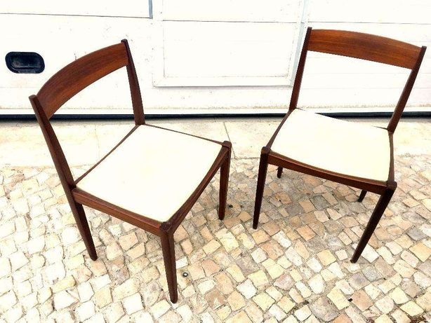 Cadeira olaio vintage 46.5comp X 43prof X 75alt