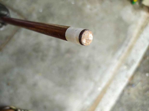 Taco de bilhar/snooker em madeira